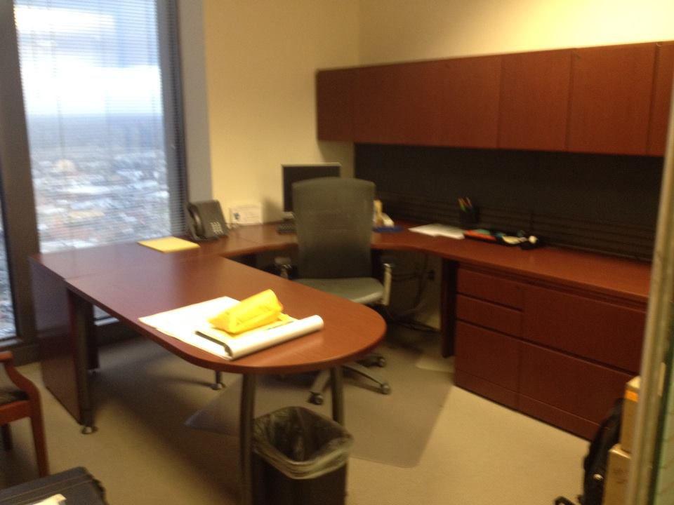 Knoll U Shaped Private Office B